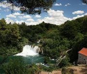 waterfall-krka-trip-split